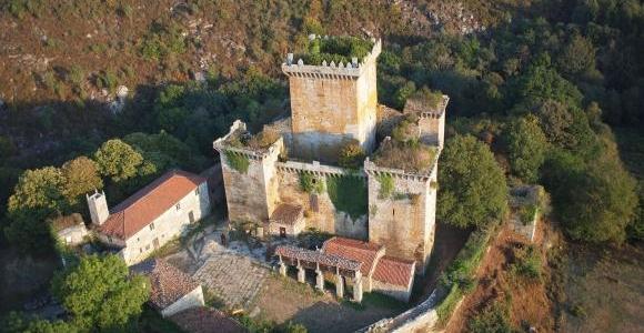 castillo-de-pambre-hostel-o-castelo