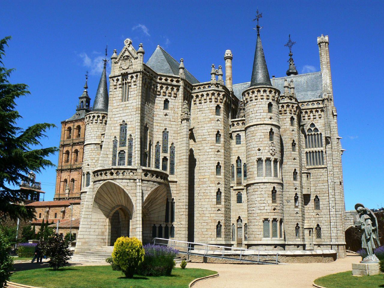 Palacio_Episcopal_de_Astorga