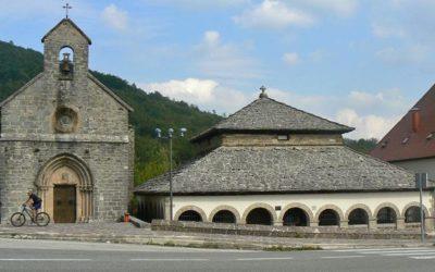 ¿Cómo puedo llegar a Roncesvalles para comenzar el camino Francés?